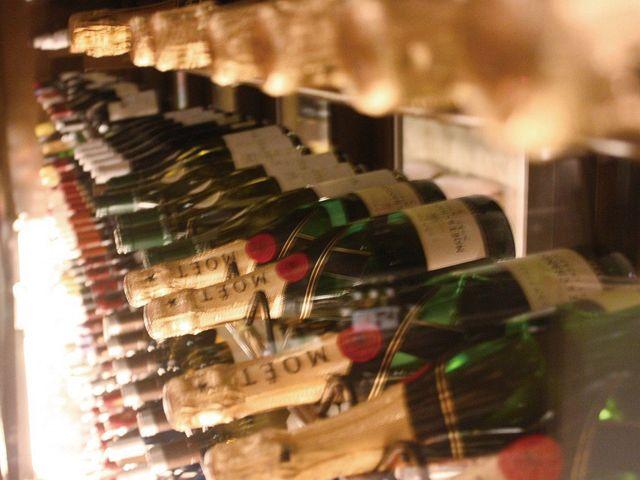 ソムリエが厳選したワインの数々