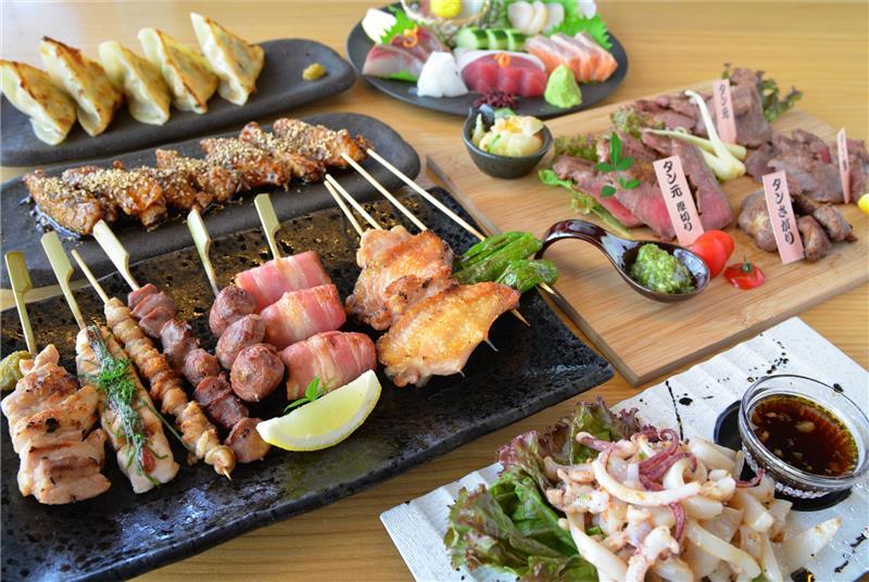 絶品串料理を初め種類豊富な料理の数々!