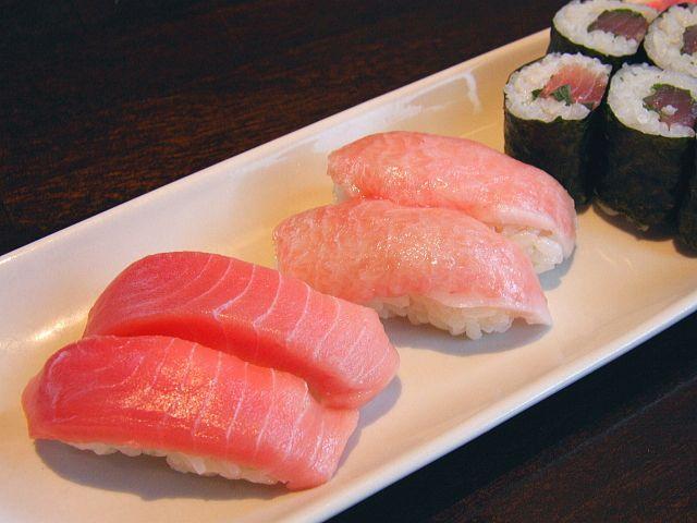 大人気!まぐろ寿司