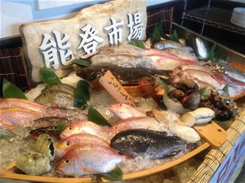 豊富に鮮魚をご用意してます!