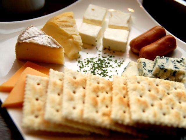 大人気チーズの盛り合わせ