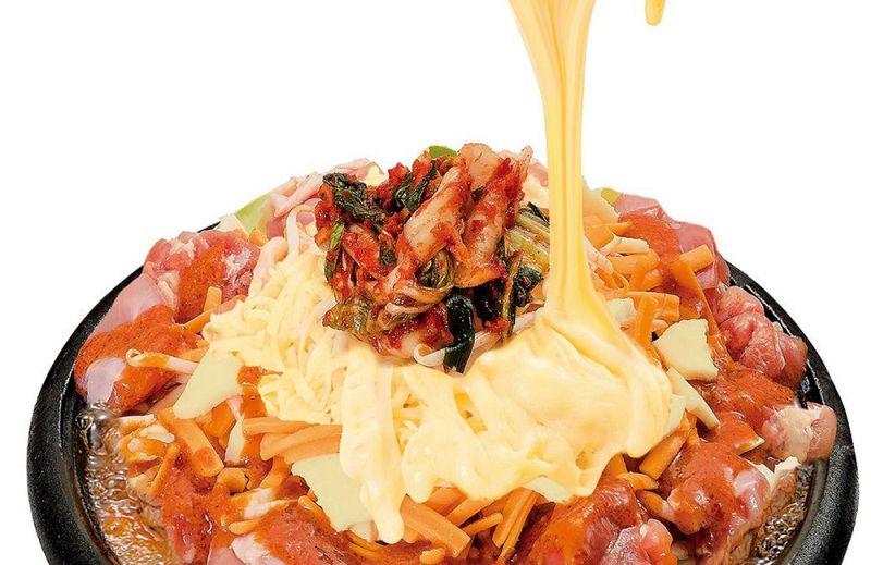 大人気のチーズタッカルビが食べられる夏限定プラン