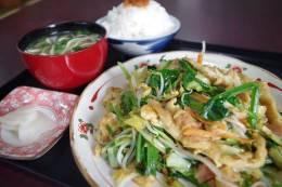 新鮮な野菜が豊富なフーチャンプル―