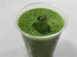 栄養豊富なグリーンスムージー