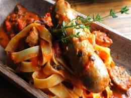 自家製サルシッチャとレンズ豆のタリアテッレ
