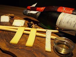 選べるチーズ。各種チーズ取り揃えております。