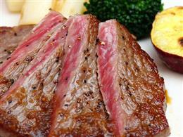 牛ロースのトリュフオイルステーキ