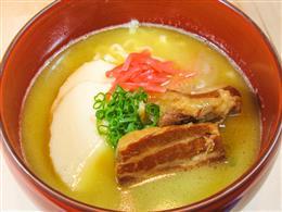 【イチオシ】シメに!白湯スープの沖縄そば