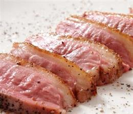 鴨肉の炙りソテー