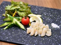 新鮮な北海道産ホタテのカルパッチョ