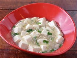珍しい白い麻婆豆腐