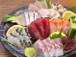 捕れたての旬の魚介が日本全国から