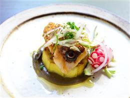 その日に入った県産魚で作るポワレも絶品