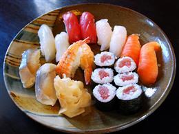 お好きな寿司ネタをお召し上がり下さい