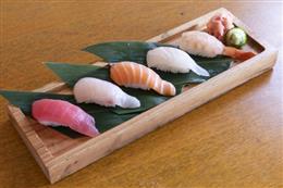 本日鮮魚の握り5貫