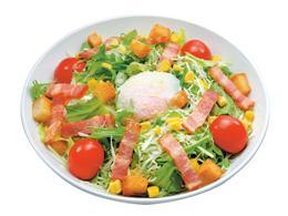 新鮮野菜をたっぷり使用したシーザーサラダ♪