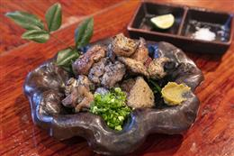 黒岩土鶏と山原鶏レバーミックス黒焼き