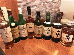 ウィスキーも種類豊富に取り扱っています♪