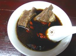 ソーキの薬膳スープ