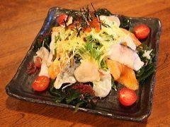 お刺身たっぷり「海鮮サラダ」