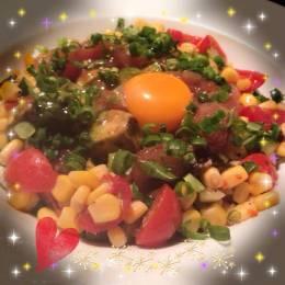 マグロ&アボカドのユッケサラダ!