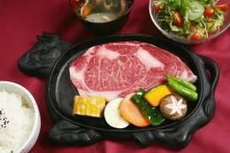石垣牛の特選ステーキセット