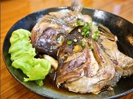 タイ頭(塩焼きor煮つけ)680円