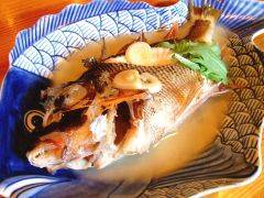 特製塩が絶品!「魚のマース(塩)煮」