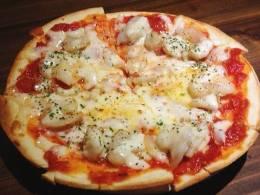 看板メニューのピザはオール500円★