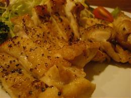 若鶏のパリパリ焼き