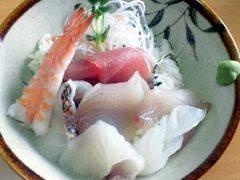 海産物三昧!プリプリの魚が魅力