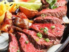 石垣牛の炭焼きステーキ