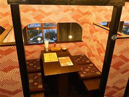 【2階】半個室席は、眺めも最高