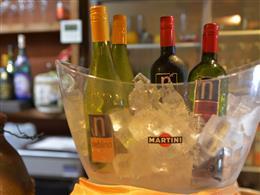 ワイン・スパークリングもあります