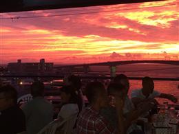 夕日と夜景が一望できるベストスポット!