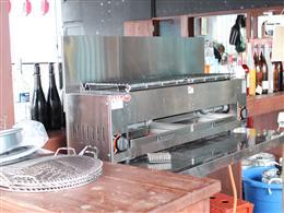 バーベキューコンロで焼いて提供しております!