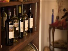 常に用意される豊富なワイン