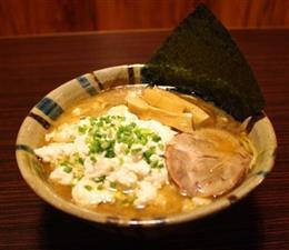魚介豚骨ゆし豆腐らぁめん限定麺。