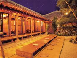 沖縄の情緒たっぷりの夜を愉しめます